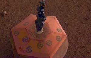 Mars lander puts quake monitor on planet's red surface