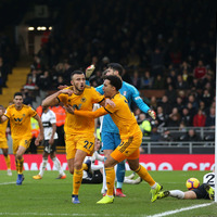 Wolves deny Fulham victory in St Stephen's Day opener