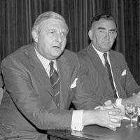 Orange Order berated Sir Patrick Mayhew over 'cannibals' remark