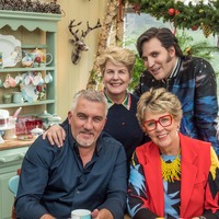 Bake Off finalist steals victory from former winner in tense New Year special