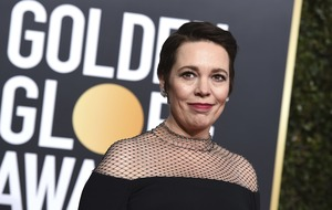Olivia Colman melts hearts online with Golden Globes speech