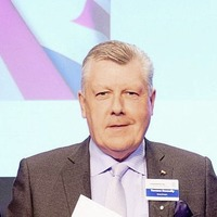 Top VW accolade for Donnelly Group head