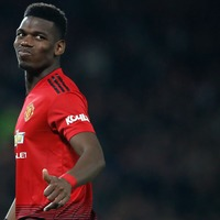 Paul Pogba wows social media after controlling dangerous ball during interview