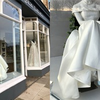 Bridal boutique praised for wheelchair wedding dress display