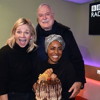 Zoe Ball kicks off debut Radio 2 Breakfast Show with Aretha Franklin's Respect