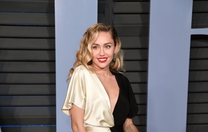 Miley Cyrus denies pregnancy rumours