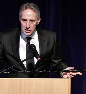 Ian Paisley 'put himself out' to fly first-class to New York peace conference 'at the last minute'