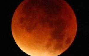 Blood Moon set to bring lunar spectacle