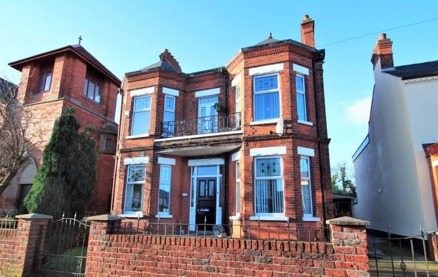 Property: The good looks of the Victorian era enhanced by the modern conveniences of today's age