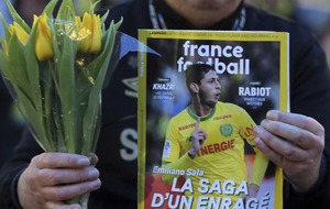 French footballer rebukes Twitter critic over Emiliano Sala tributes