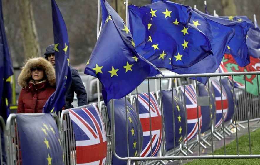 Anti-Brexit protest gathers hundreds in Northern Ireland