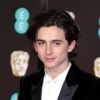 Viewers speculate after Timothee Chalamet is caught reading during SAG Awards