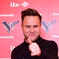 Olly Murs braves cold to dance in snow in his underwear
