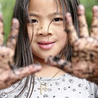 Parents urged to play in the mud with their children