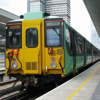 Quicker commuter trains could help reduce delays, study suggests