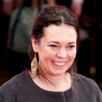 Olivia Colman to receive BFI Fellowship