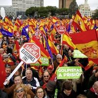 Spaniards demand Prime Minister Pedro Sanchez's resignation over Catalonia separatist talks