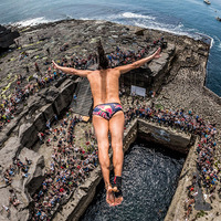 Video: Red Bull cliff diving series coming to Dublin