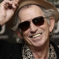 Rock star Keith Richards cutting down on alcohol and cigarettes at 75