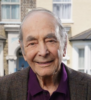 EastEnders fans mourn Dr Legg after his 'beautiful' and topical death