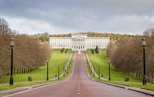 Stormont chiefs offer staff £1,500 bonus to join no-deal Brexit contingency plans