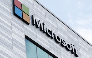 Microsoft edges closer to opening first UK retail store