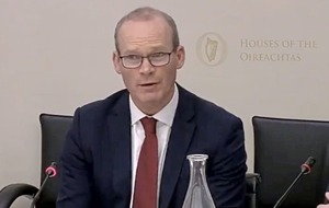 Tánaiste Simon Coveney has 'no insight' into RHI inquiry report publication date