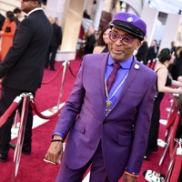 Spike Lee pays tribute to 'brother' Prince with Oscars outfit