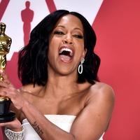 Mahershala Ali and Regina King win supporting gongs at the Oscars