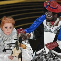 Melissa McCarthy parodies The Favourite with rabbit-covered gown at Oscars