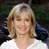 Olivia Newton-John 'grateful for extra time' while living with cancer