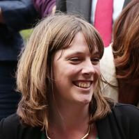 'High pressure situations' have helped prepare MP Jess Phillips for Bake Off