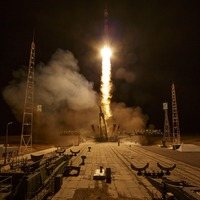 Russian-US crew arrives at International Space Station
