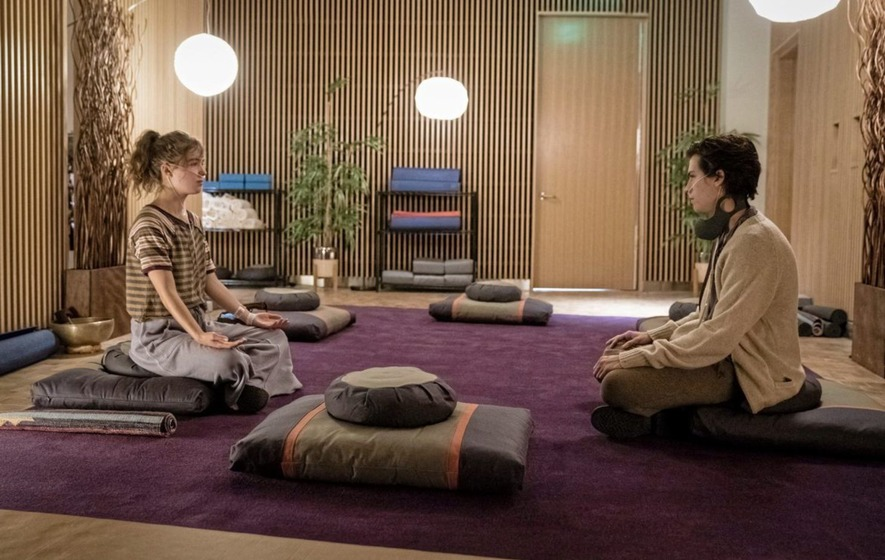 Film: Five Feet Apart a syrupy tear-jerker lifted by its stars' simmering chemistry