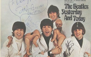 Rare Beatles record owned by John Lennon to go under the hammer