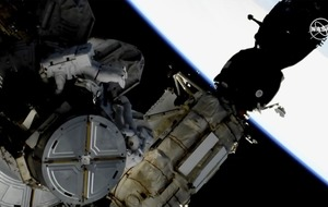 Astronauts complete spacewalk to swap space station's batteries