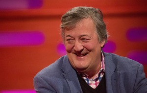 Stephen Fry 'backs pressure group pushing for anonymity reform in sex cases'