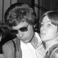 Tributes paid to The Walker Brothers' singer and 'musical genius' Scott Walker