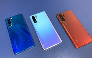 Huawei announces P30 smartphones in challenge to Samsung