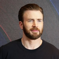 Chris Evans: Tom Brady's support of Trump would put me off biopic