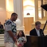 Dad goes viral singing 'beautiful' Ave Maria for daughter at Disney World
