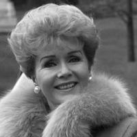Billie Lourd wishes late grandmother Debbie Reynolds a happy birthday