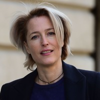 Gillian Anderson among stars appearing in unrehearsed murder mystery play