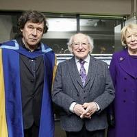 Stephen Rea awarded honorary degree from The Open University
