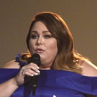 This Is Us star Chrissy Metz makes live singing debut at country music awards