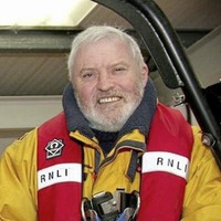 Tributes to former RNLI staff coxswain following sudden death