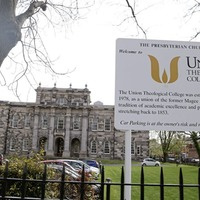 Queen's University Belfast agrees to break links with theology colleges