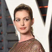 Anne Hathaway: Drinking the way I do made me unavailable for my son