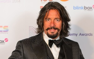 Viewers furious as Laurence Llewelyn-Bowen fails to win painting show