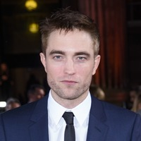 Smartphones have 'tamed' Hollywood stars, Robert Pattinson claims